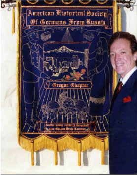 Roy Conrad Derring with the Oregon Chapter Banner he created